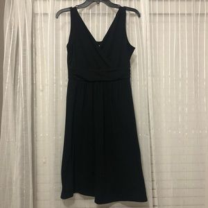 Old Navy Maternity Black V-Neck Dress